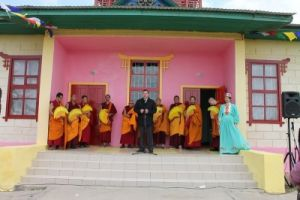 На открытии строительства мандалы в Лимане, Астраханская область, глава МО Лимана Иван Золочевский
