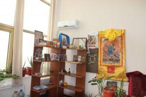 Кабинет монаха для индивидуального приема, центральный хурул Калмыкии