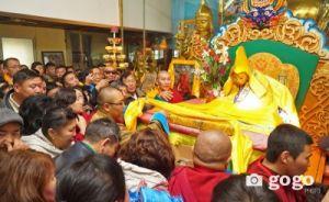 Буддисты Монголии поклонились нетленному телу святого монаха