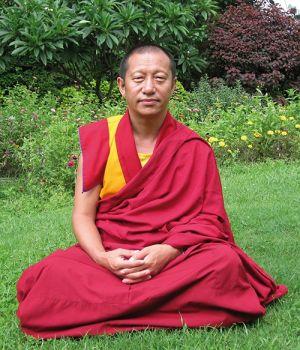 Визит и учения Геше Лхарамбы Ду Ге Ринпоче с 19 по 22 октября 2012 в Москве