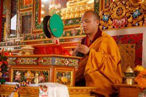 Кармапа даровал посвящение и учение по практике чод