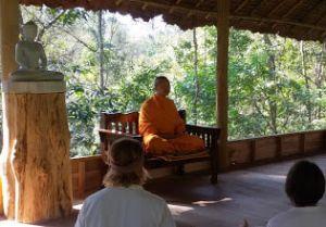 4 марта лекция и медитация с Учителем Пхра Павитай в Москве