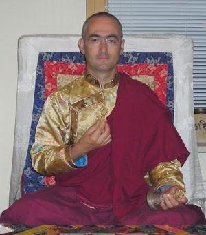 b_300_0_16777215_00_images_stories_lama_shenpen_rinpoche.jpg