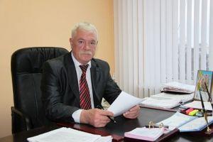 Глава Администрации г. Элисты С. Раров